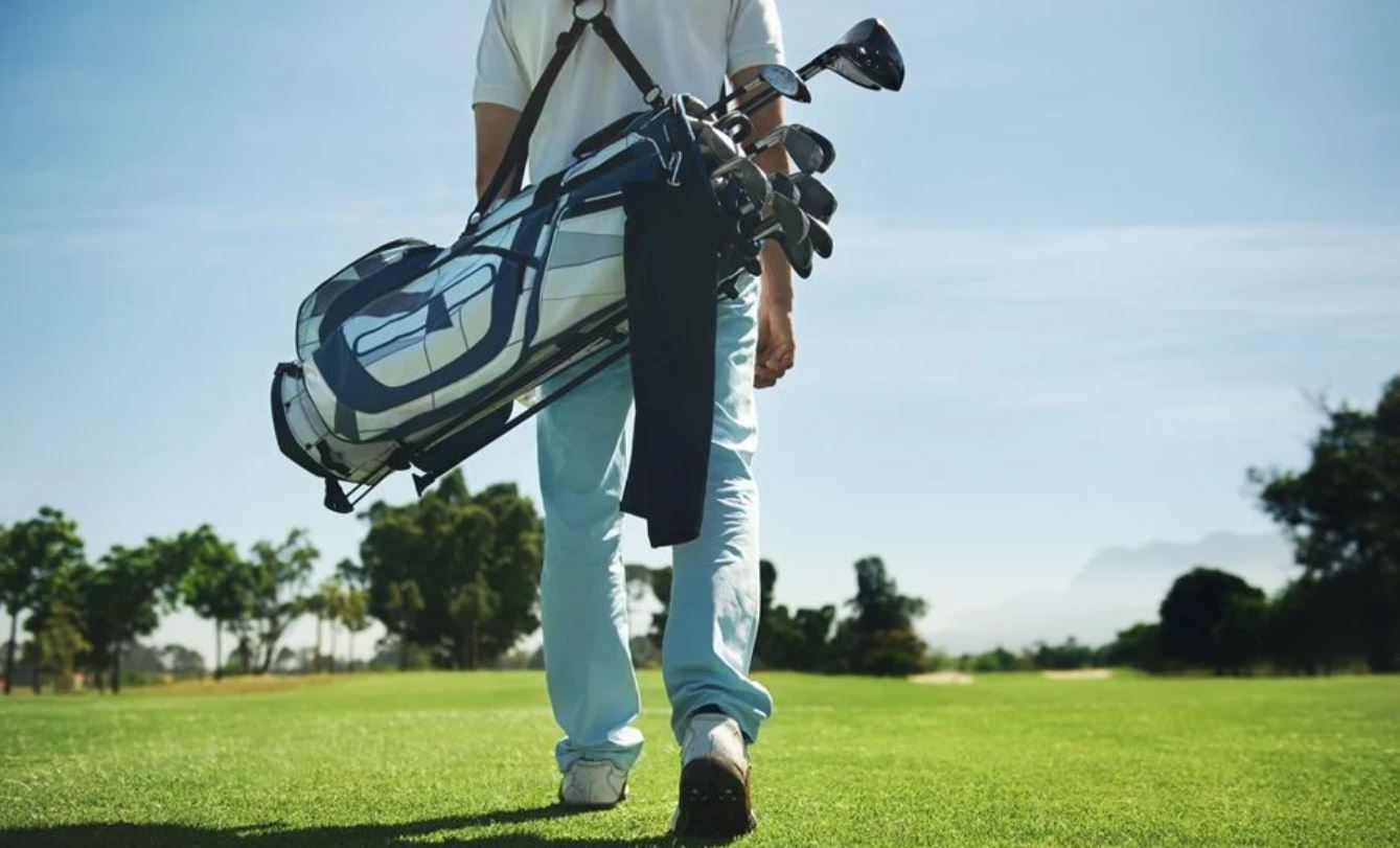 The Essential Clubs A Beginner Golfer Needs To Get Started - Ultimate Guide  - (MUST READ Before You Buy)
